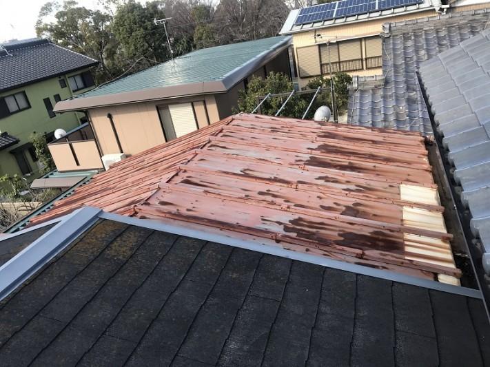 雨漏れ 金属屋根 工事前