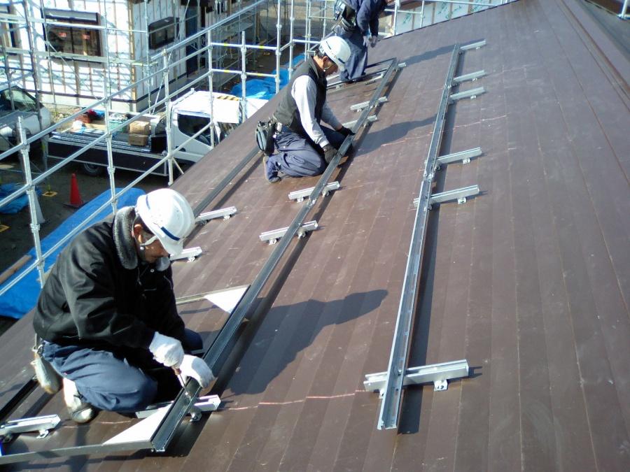 金属屋根工法 横材取付