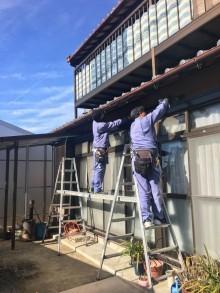 テラス屋根取付の様子