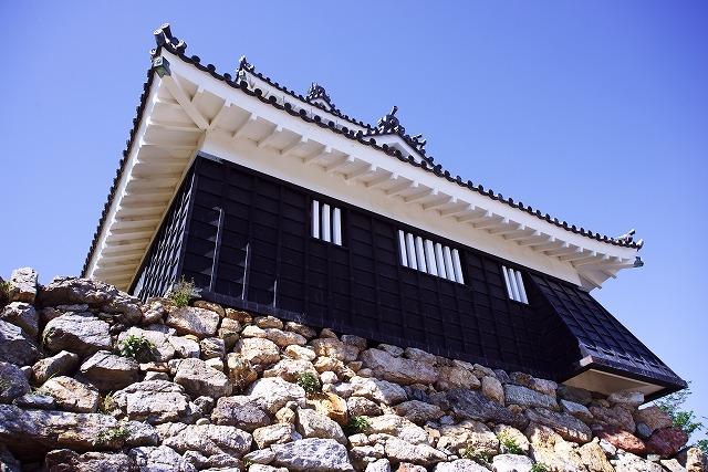 浜松城軒下の漆喰写真