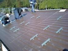 金属屋根工法 金具取付